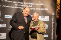 GRE2019_Jornada1_premioPatxiSanchez_Aranzadi